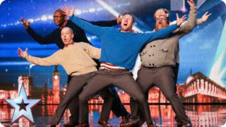 Oude kerels breken uit in dans, of breken ze hun rug? | Britains Got Talent 2015