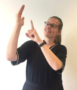 Deborah, Tolk Nederlandse Gebarentaal